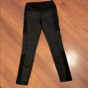 Active Life zipped pockets Legins (Size S)